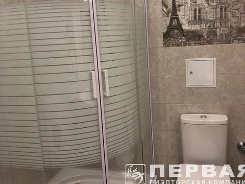 """""""8 Pearl"""" lcd on French Boulevard, 1-room apartment"""