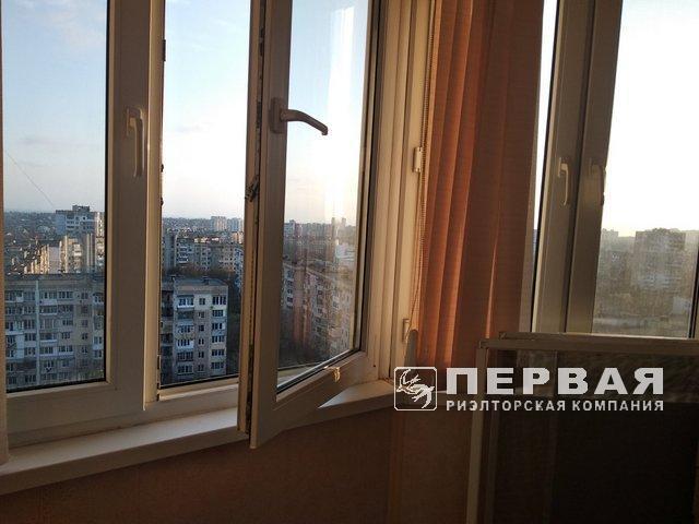 """3-х кімн. квартира, """"сотова"""", вул. Люстдорфська дорога."""