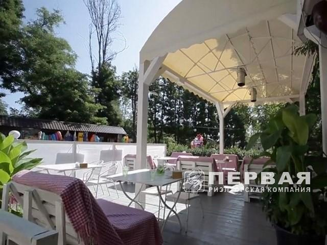 The current restaurant is 291.4 sq m. with an open area in Luzanovka