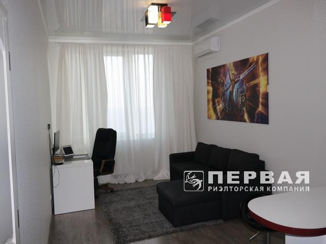 "ЖК ""Руслан та Людмила"", квартира 65 кв. м. з видом на море, вулиця Літературна."