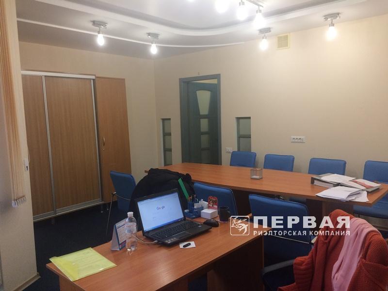 Офис в новом доме.  Пр-кт Шевченко/ Шампанский пер.