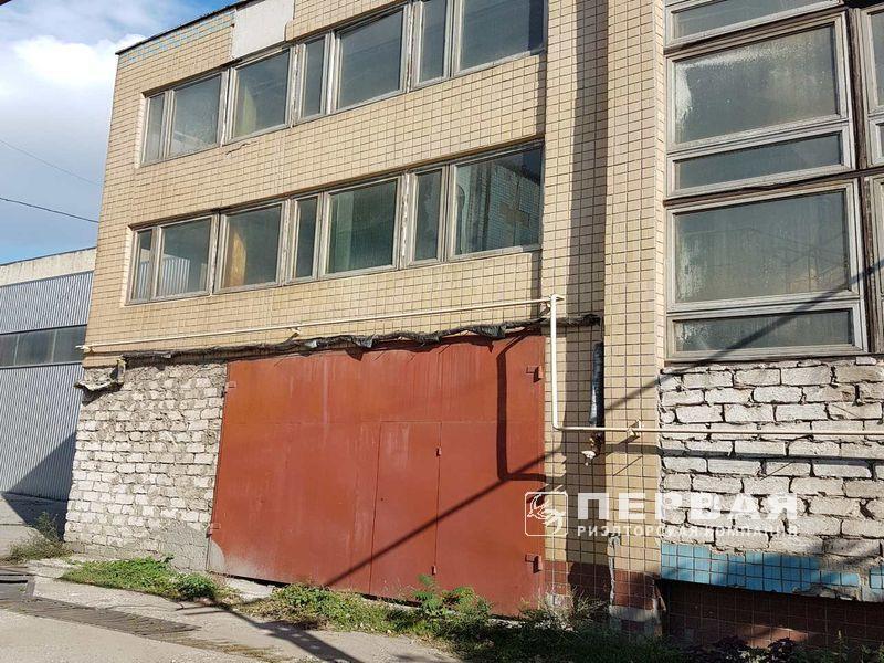 5-storey building of 1500 sq.m. St. Bugayivska *