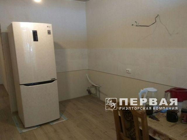 Apartment 43 sq.m with repairs in the RC Dmitrievsky SK Stickon.