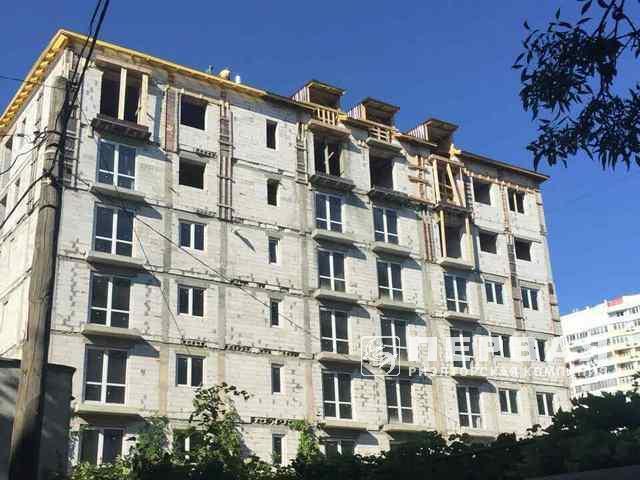 1-кімнатна квартира площею 32 кв. м. на 6,5 ст. Великого Фонтану, вул. педагогічна