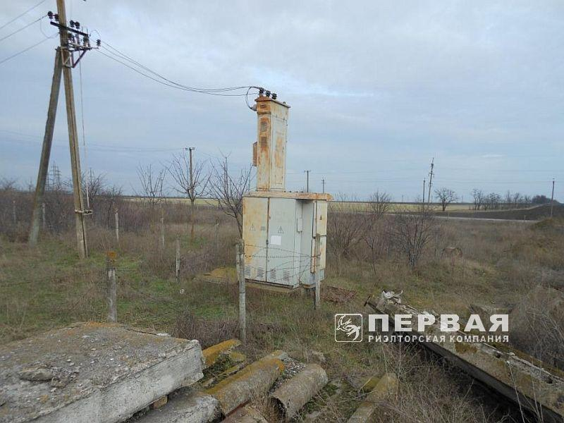 8.14 hectares in the South Port area