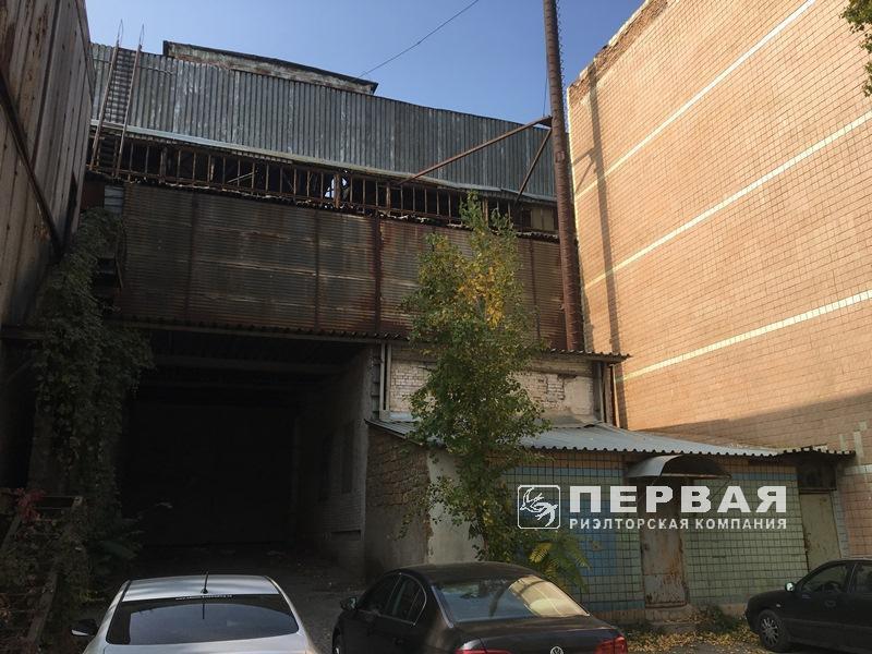 Склад, производство 6900 кв.м. Ул.Бугаевская*