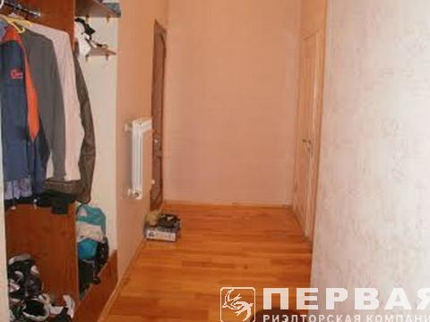 The apartment is on two levels of 190 sq.m. Shevchenko park.