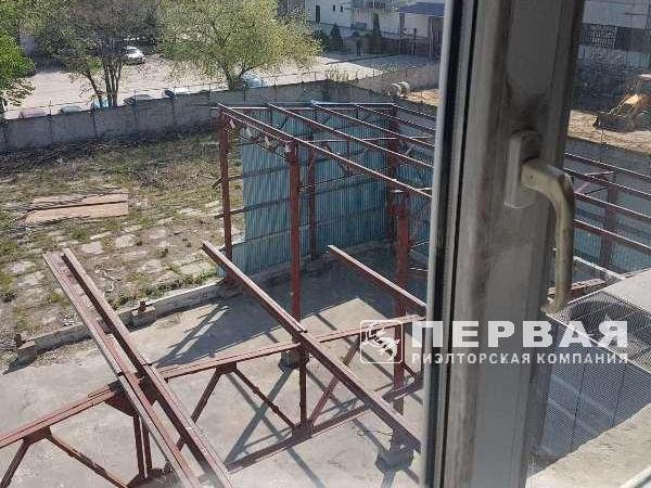 Ул. Бугаевская. 986 кв.м *