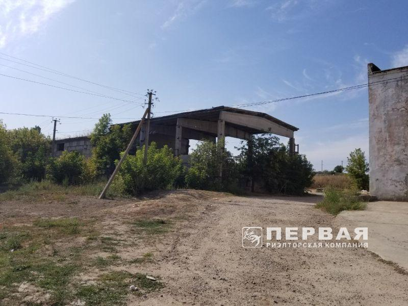 Warehouse in Cominternovo for sale. 648 sq.m. Ramp is on territory.