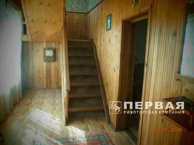 Dry estuary, two-storey house on 6 hundred. The total area of the house is 187 sq.m., residential 73 sq.m., good residential condition.