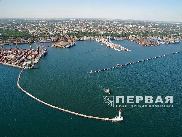 Одеський порт, окремий виробничо-складський комплекс.
