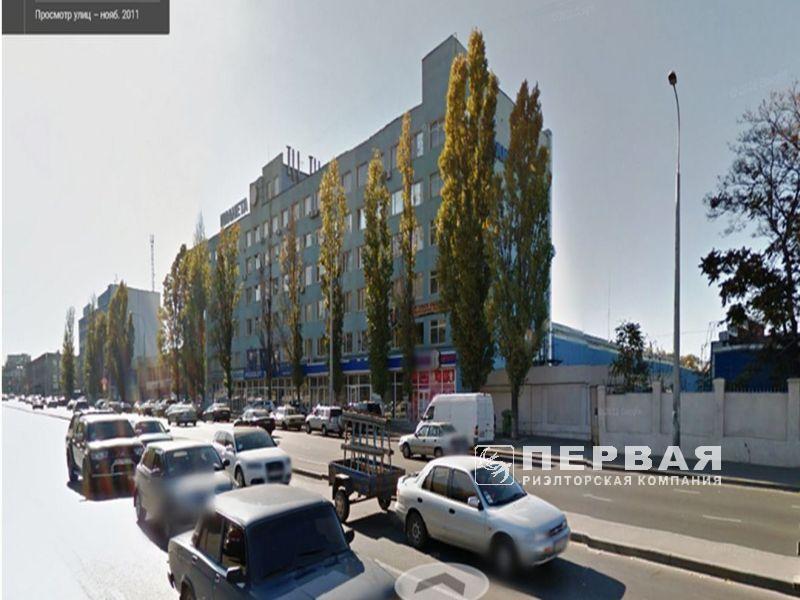 Здание бизнес-центра,торговые помещения, офисы. 6400 кв.м.