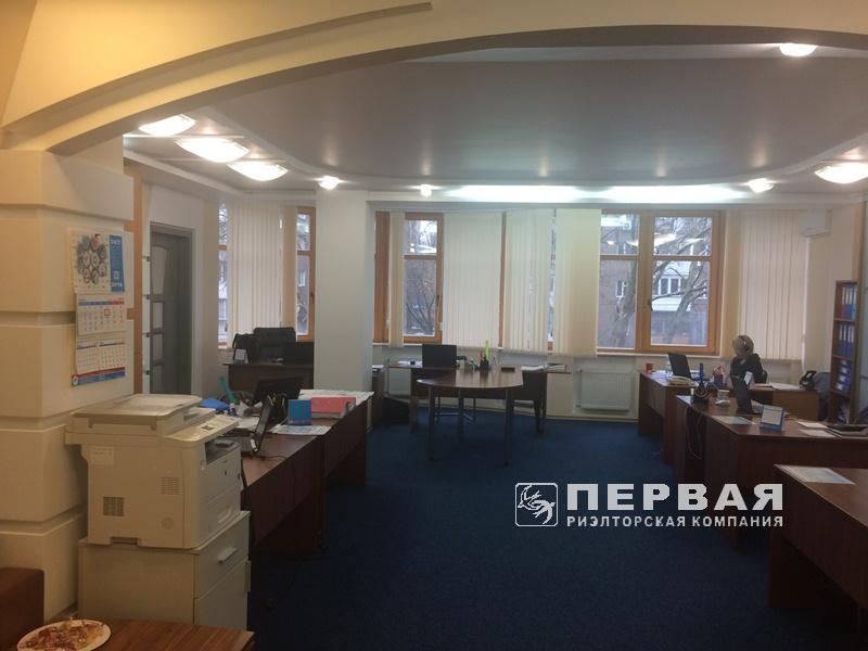 Office in a new house. Prospect Shevchenko/ Shampanskiy per.