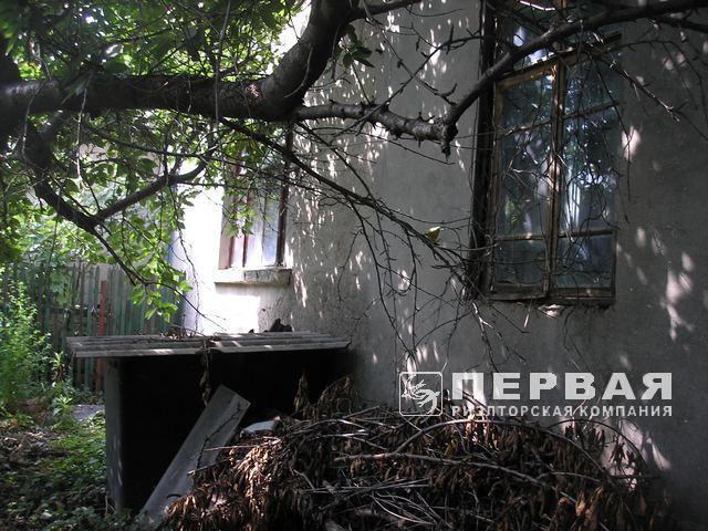 Частина будинку на вул. Офіцерської, 10,3 соток