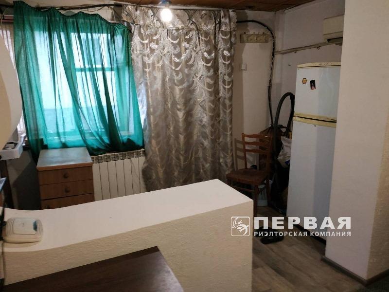 1-кімнатна самостійна квартира.