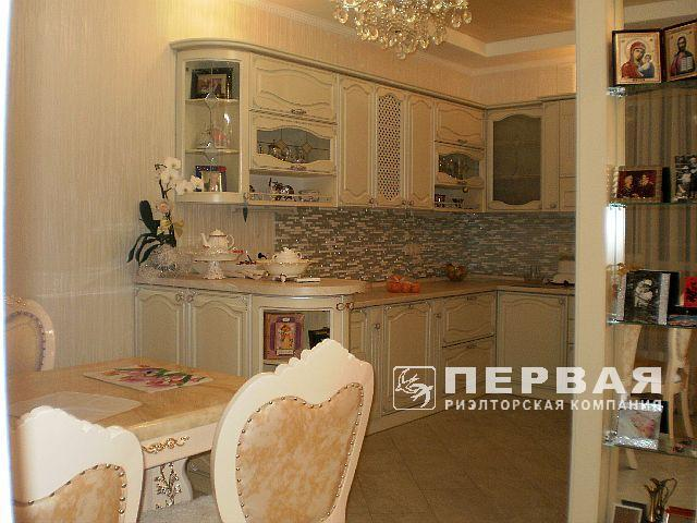 3-room apartments apartment overlooking the sea. Frantsuzskiy Bulvar.