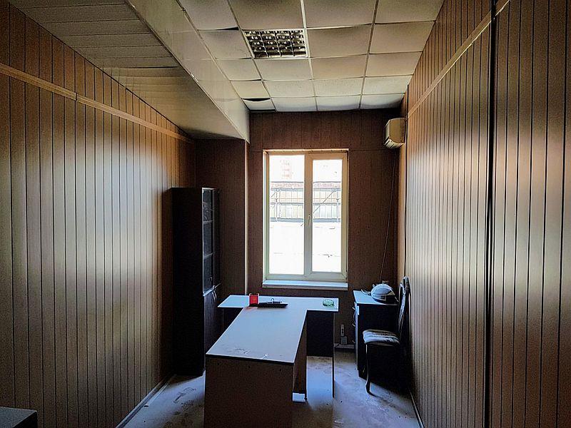 Нежитлове офісне приміщення 390 кв.м на вул. Бугаївська