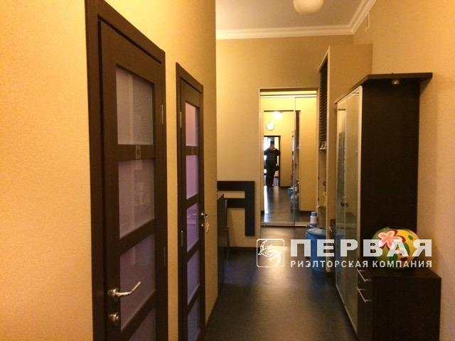 Office rental in the historical part of the city on Kanatna/ Yevreyska street 252 sq.m