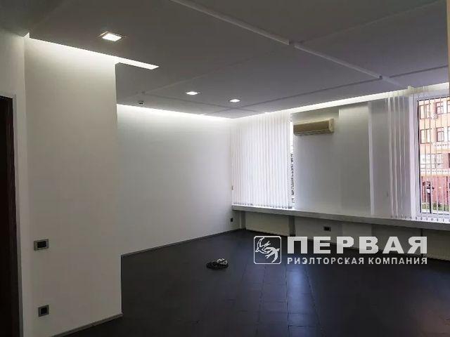 Офис на ул.Тенистой в ЖК» Новая Аркадия»