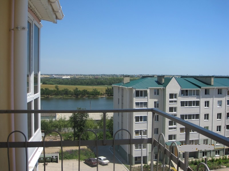 Квартира с видом на озеро в 2-х уровнях. ЖК «Озерки»