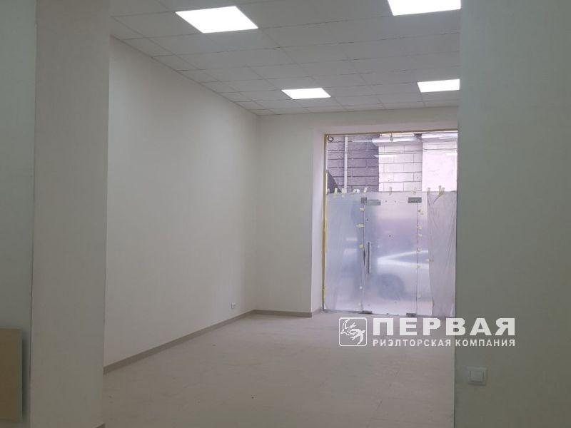 Rent of the facade office on Kanatnaya / Bunina, 48 sq m