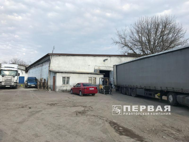 Room for storage or production for rent Motorna street. 1000 sq.m.