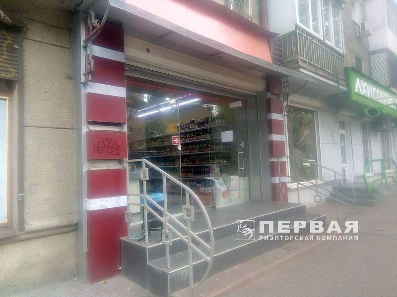 Аренда магазина на пр.Шевченко/ Шампанский пер.  105кв.м