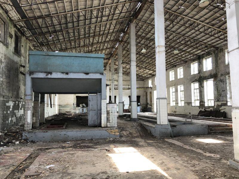 Склади і виробничі приміщення.