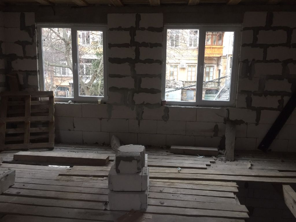Apartment on the ground for sale, Mayakovskogo st.