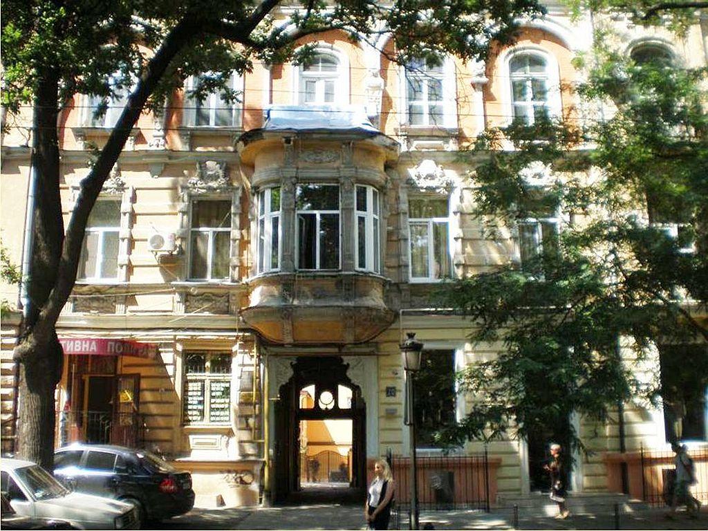 Помещение под отель или апартаменты, 1000 кв.м. Ул. Троицкая