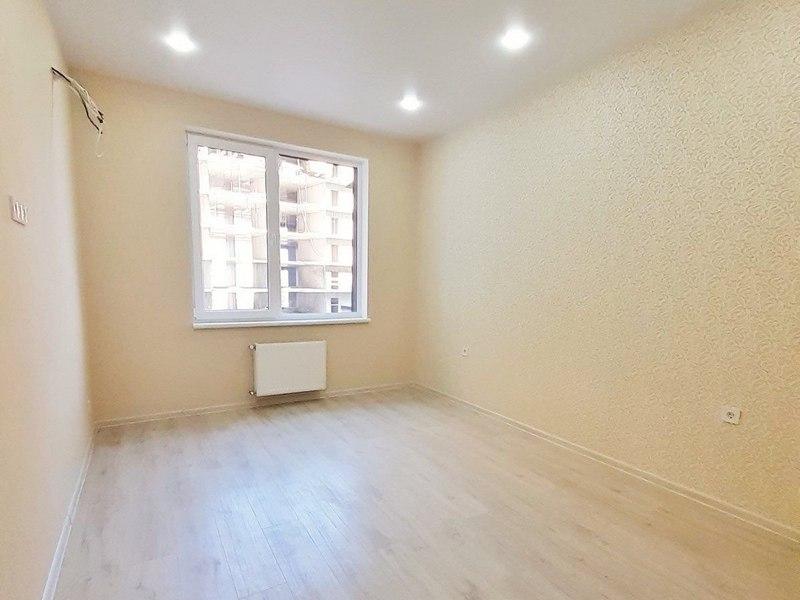 1-но комнатная квартира с ремонтом на улице Академика Вильямса