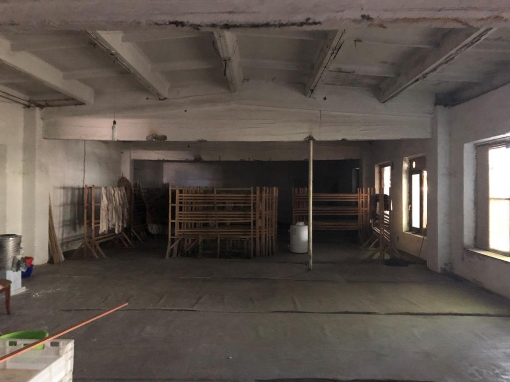 Аренда помещения в начале Киевского шоссе.