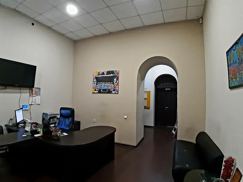 Office 161 sq.m on Pushkins'ka St./Deribasovs'ka str.