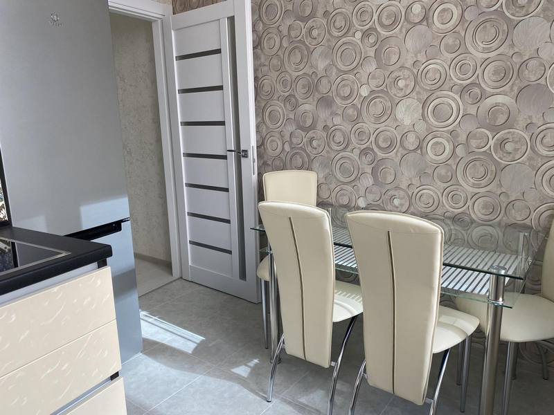 2-room apartment on the street Kamanina.