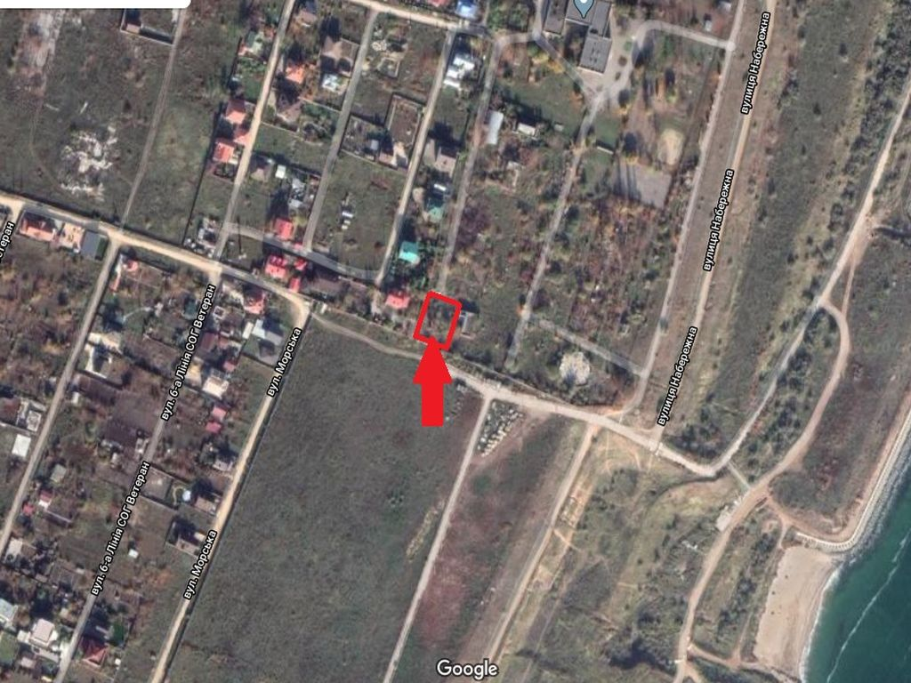 Plot of land near the black sea. Chernomorsk.