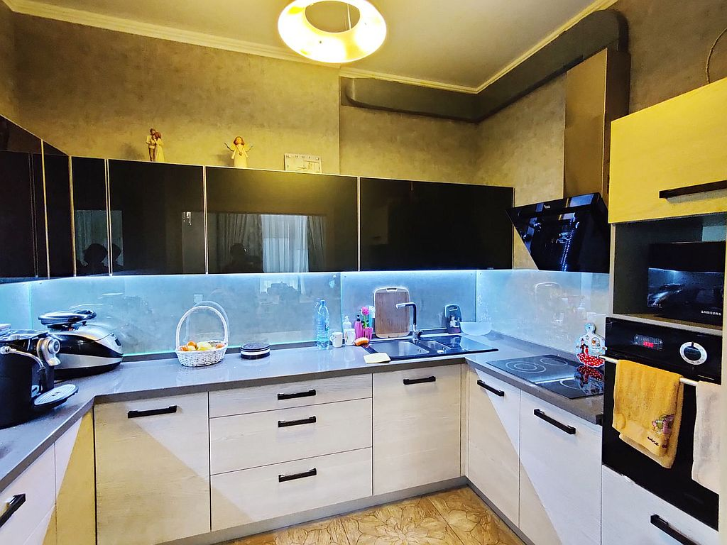 3 bedroom apartment in the Residential Complex Frantsuzskiy