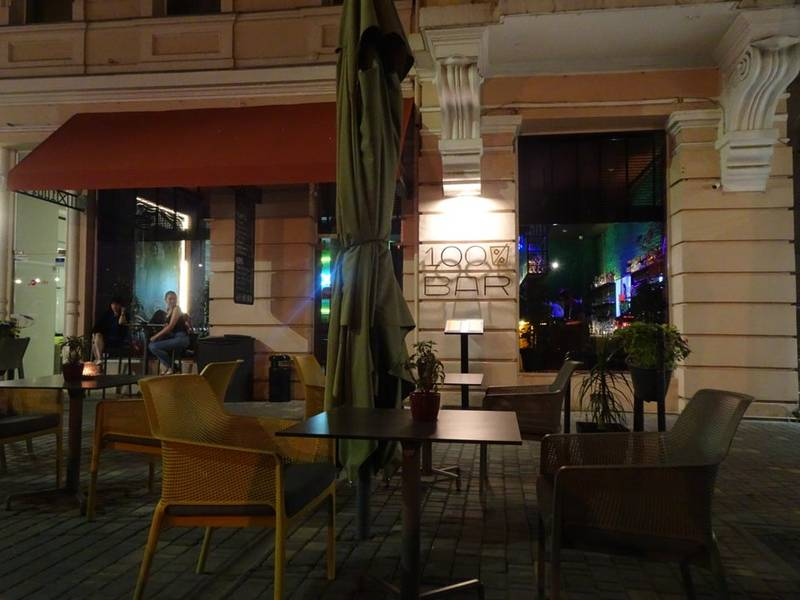 Rent restaurant in the Golden triangle area of 250 sq. m