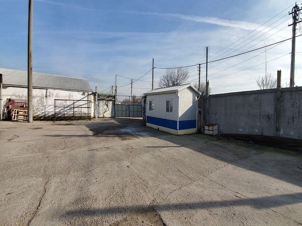 Warehouse 740 sq. m. of Kyiv highway, bridge district Clover