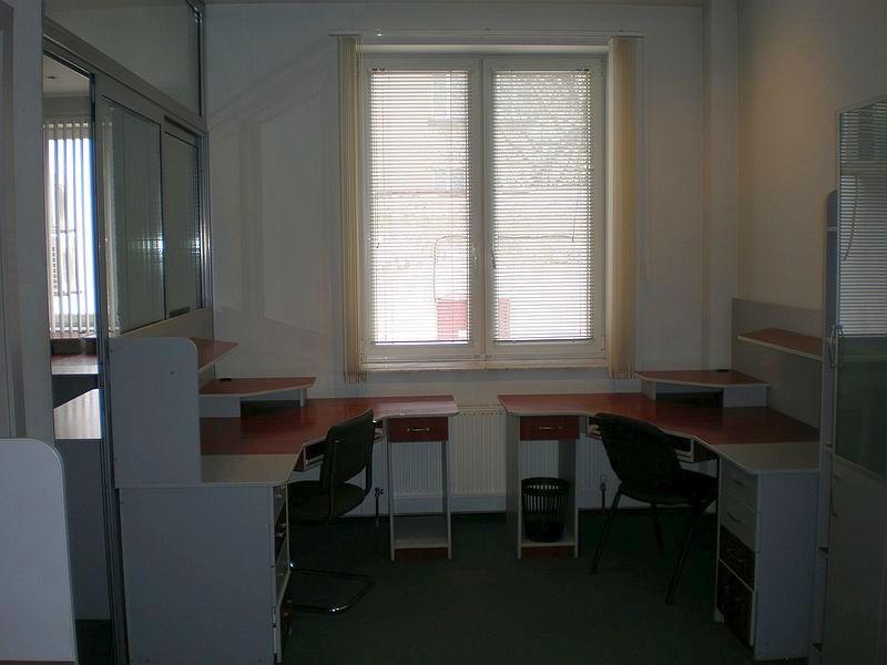 Office rent 110 sq m French boulevard/lane Dunaeva