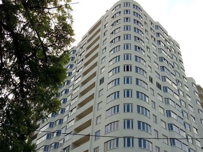 Новый сданный дом на ул. Костанди