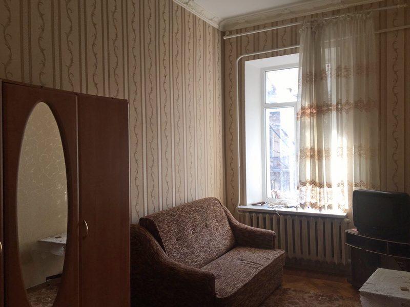 Комната в коммуне на ул. Пантелеймоновской