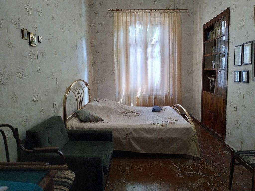 5 комн. квартира в историческом центре