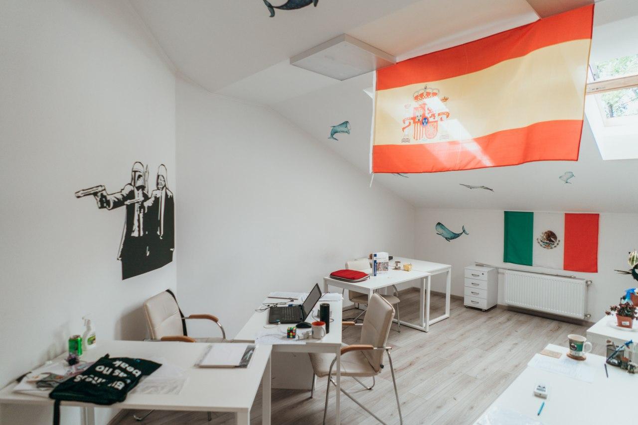Сдается в аренду светлый просторный офис с террасой