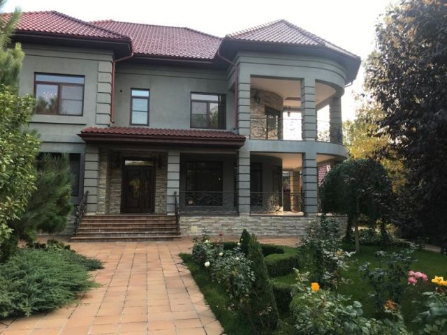 Дом ул.Елочная.
