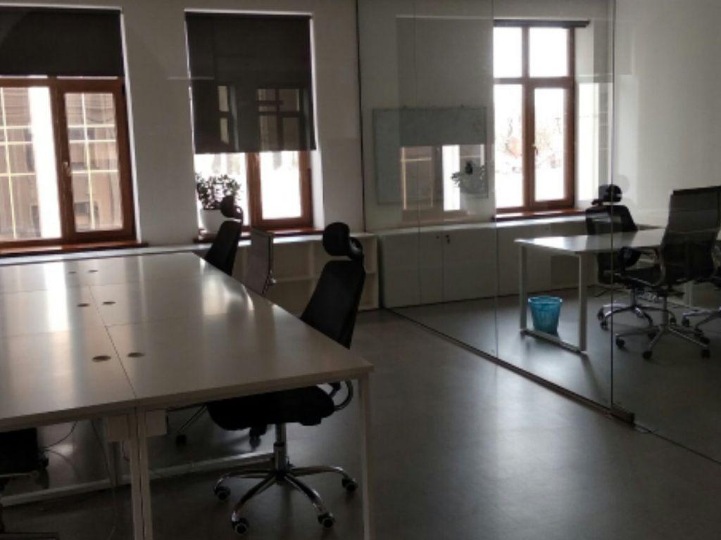 Office lease on Grecheskaya Square / V.A. Zhukov in a new business center
