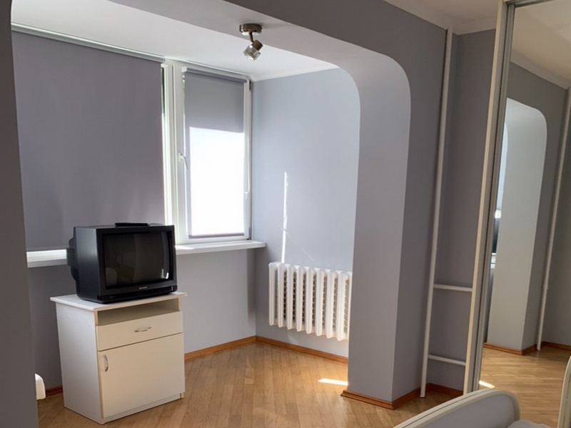 3-room apartment 58 sq.m. on the street Ak. Queen,