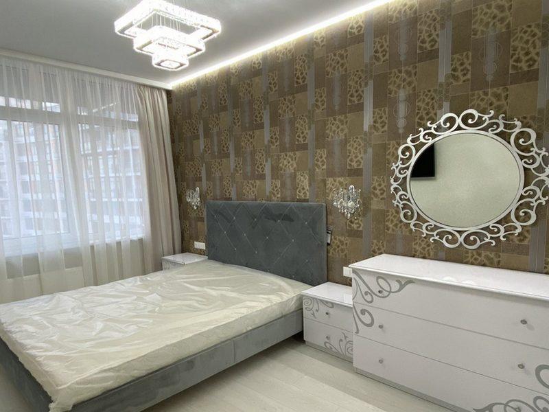 1-но кімнатна квартира з ремонтом на вул. Каманіна.