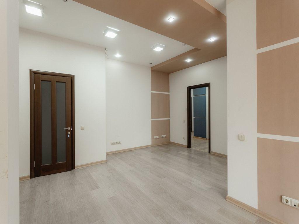 Офис на Французском/ Азарова. 260 кв.м. БЦ Марсель.