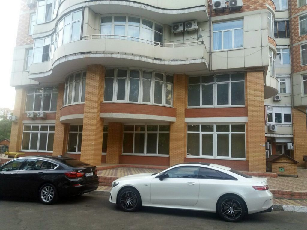 Офиса на пр-те Шевченко. 220 кв.м