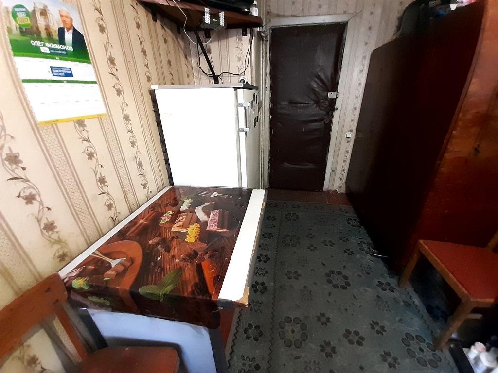 Комната в коммуне 10кв.м. Черемушки